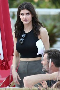 Alexandra Daddario Hottest Pictures and Photos 10 Most Beautiful Women, Beautiful Celebrities, Beautiful Eyes, Alexandra Daddario, Hot Actresses, Hollywood Actresses, Celebs, Lady, Pretty Girls