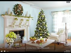 Really pretty tree and mantel
