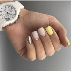 Make an original manicure for Valentine's Day - My Nails Yellow Nails Design, Yellow Nail Art, Hot Nails, Hair And Nails, Gelish Nails, Shellac, Manicure E Pedicure, Pastel Nails, Acrylic Nails