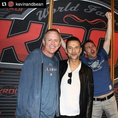 @kevinandbean Thanks to #DaveGahan for stopping by today! Uh, @hardwick...maybe it's time for you to leave. #soulsavers #depechemode