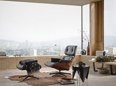 Vitra_Lounge Chair & Ottoman_Charles & Ray Eames, 1956