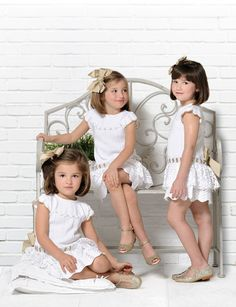 from Carmen Taberner Catálogo Primavera-Verano 2013 Little Fashion, Cute Fashion, Boy Fashion, Prince And Princess, Photography Tutorials, Beautiful Children, Baby Knitting, Baby Kids, Flower Girl Dresses