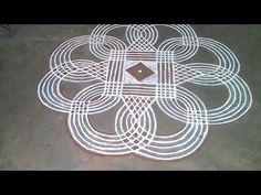 Small Rangoli Design, Rangoli Designs Diwali, Rangoli Designs With Dots, Rangoli Designs Images, Rangoli With Dots, Beautiful Rangoli Designs, Simple Rangoli, Rangoli Borders, Rangoli Border Designs