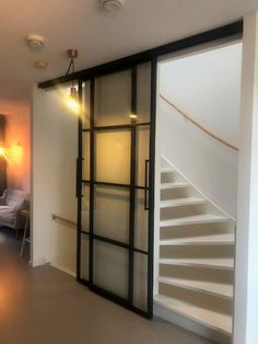 Style At Home, Open Trap, Media Room Design, Glass Barn Doors, Staircase Design, Home And Living, New Homes, House Design, Interior Design