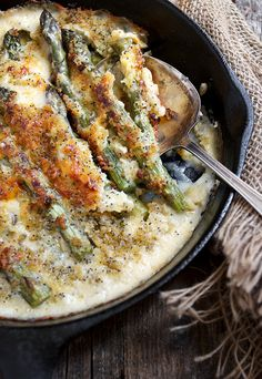 Skillet Asparagus Supreme - fresh asparagus, topped with a creamy cheese sauce, then topped with buttered panko and poppy seeds.  #WeLoveFood #ad