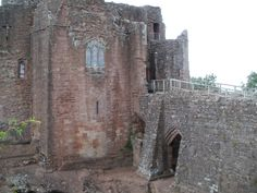 Goodrich_Castle_Gatehouse.JPG (4288×3216)