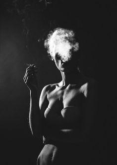 Super Ideas For Fine Art Photography Women Beauty Portrait Photographers Nude Photography, Artistic Photography, Black And White Photography, Fine Art Photography, Fashion Photography, Photography Articles, Photography Ideas, Photography Portraits, Photography Lighting
