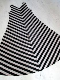 omⒶ KOPPA: Vinoraitamekko Sewing Hacks, Sewing Tutorials, Sewing Tips, Sewing Ideas, Diy And Crafts, Stripes, Clothes, Women, Jersey