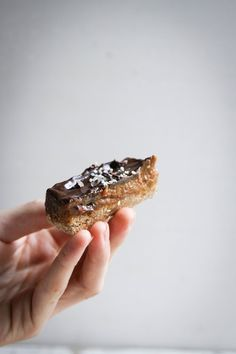 gooey caramel chocOlate bars with buckwheat (raw vegan)