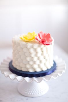 Scalloped cake by Sweet Cakes by Rebecca.