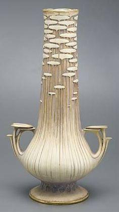 Paul Dachsel, Amphora vase