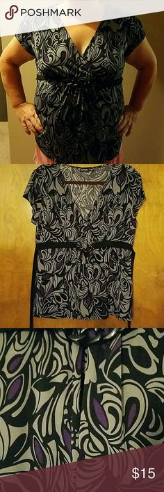 Selling this PXL no wrinkle blouse in my Poshmark closet! My username is: cheryl1270. #shopmycloset #poshmark #fashion #shopping #style #forsale #Apt. 9 #Tops