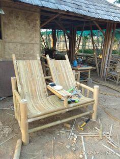 Beach Furniture, Bamboo Furniture, Cool Furniture, Furniture Design, Bamboo Bar, Bamboo House, Bamboo Garden, Rustic Mailboxes, Deco Spa