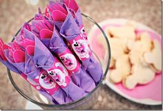 purple and pink minnie mouse party