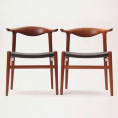 Hans J. Wegner // Johannes Hansen // Cowhorn Chair