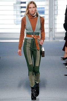 Louis Vuitton   Fall 2014 Ready-to-Wear Collection   Style.com#10  INTERESTING BELT