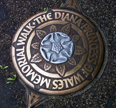 Diana Princess of Wales memorial walk Roundel by Leonard Bentley, via Flickr