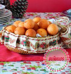 buñuelos colombianos Bunuelos Recipe, No Bake Desserts, Dessert Recipes, Tuna Salad Pasta, Colombian Food, Xmas Dinner, Cheese Fries, Always Hungry, Holiday Recipes