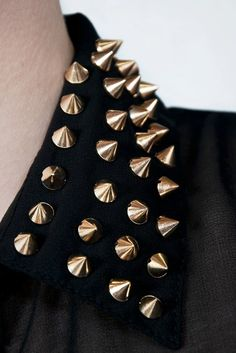 gold spiked collar