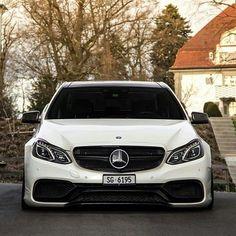 Cl 500, Mercedes Benz E63 Amg, Automobile, Merc Benz, C 63 Amg, Cool Car Pictures, Mercedes E Class, Mc Laren, Cars Motorcycles