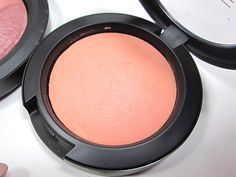 M∙A∙C Holiday Collection 2013: Divine Night - Mineralize Blush Lured to Love