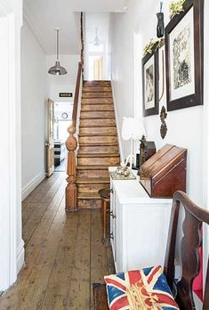 stairs victorian terrace ~ stairs victorian & stairs victorian house & stairs victorian terrace & stairs victorian stairways & victorian hallway stairs & victorian stairs ideas & hall stairs and landing decor victorian houses & victorian stairs runner Victorian Terrace Hallway, Victorian Stairs, Victorian Terrace Interior, Victorian Homes, Victorian Townhouse, White Hallway, Country Hallway, Hallway Inspiration, Wooden Steps