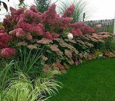 Beautiful Garden Design, Optical Illusions Balancing Yard Landscaping Ideas - New ideas Front Garden Landscape, Landscape Design, Garden Design, Garden Art, Purple Garden, Shade Garden, Amazing Gardens, Beautiful Gardens, Benefits Of Gardening
