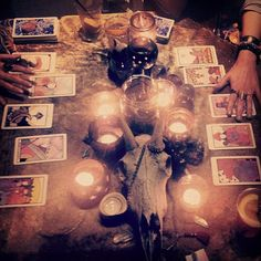Tarot madness with the Psychic Siamese Terror babes