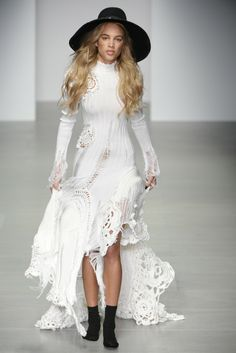 Sister by Sibling RTW Fall 2014 - Slideshow