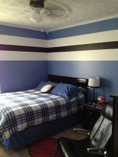 Teen boy bedroom make over.