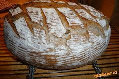 Tento chleba s podmáslím či bílým jogurtem se mi zatím nejvíce osvědčil, krásně vykyne a je chuťově ...