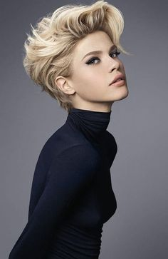 The Latest Trends In Short Hair For 2019 In today's post we will be talking about the stars who have excellent hair. Here are some basic pixie cuts and choppy layers. Celebrity Hairstyles - March 24 2019 at Latest Short Hairstyles, Best Short Haircuts, Teen Hairstyles, Celebrity Hairstyles, Casual Hairstyles, Pixie Haircuts, Medium Hairstyles, Wedding Hairstyles, Haircut Short