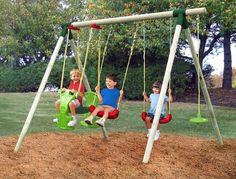Tạo cho con yêu một không gian vui chơi tốt, chính là đầu tư hoàn hỏa cho tương lại của bé sau này. Không gian vui chơi có bạn bè, có đồ chơi trẻ em an toàn sẽ là điều kiện tốt nhất cho con phát triển toàn diện.