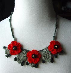 Crochet Red Poppies Necklace by *meekssandygirl on deviantART