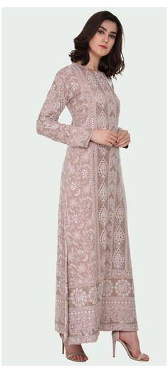 Indian Gowns Dresses, Pakistani Dresses, Indian Wedding Outfits, Indian Outfits, Indian Attire, Indian Wear, Ethnic Fashion, Indian Fashion, Chikankari Suits