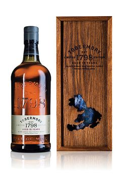 Discover Tobermory 15 Year Old Whisky, a limited single malt with great complexity and refinement. Scotch Whisky, Whisky Bar, Alcohol Spirits, Wine And Spirits, Beverage Packaging, Bottle Packaging, Spirit Drink, Strong Drinks, Single Malt Whisky