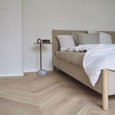 Cosy Bedroom, Scandinavian Bedroom, Bedroom Decor, Modern Minimalist Bedroom, Minimal Bedroom, Natural Bedroom, Nordic Living, Nordic Interior, Stay In Bed