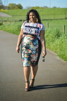 Supersize my Fashion: In Bloom...