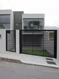 Home Gate Design, House Fence Design, Grill Door Design, Front Gate Design, Modern House Design, Gate House, House Entrance, Gates And Railings, Build Your House