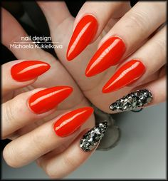 Red nails, Swarovski nails