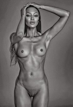 Full frontal nude female actress