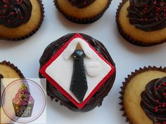 Fathers day themed cupcakes @ https://www.facebook.com/pages/Little-Krush-Cupcakes-NZ/485728288124195