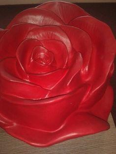 urn roos rood