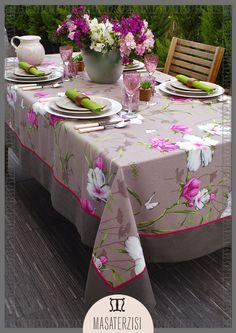 Çiçek desenli, keten örtülerle sofralarımız daha eğlenceli!  İletişim için; (0212) 294 52 52