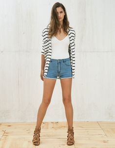 #High waisted frayed hem #denim shorts. Discover this and many more items in #Bershka with new products every week