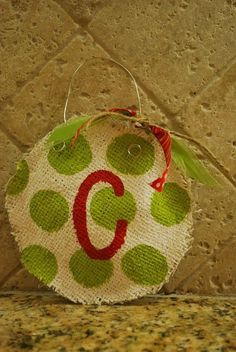 burlap-christmas-ornament-decors