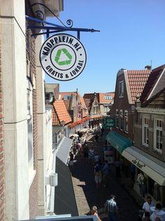 Vanaf het balkon van het hoofdkantoor op Texel. Wij zien de toekomst zonnig in.