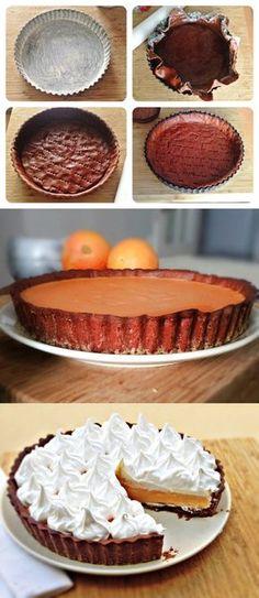 Tarta de naranja, merengue y cacao / https://condelantalyaloloco.com/