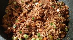Recette: Riz frit au poulet et légumes. Food Items, Chinese Food, Crepes, Fried Rice, Casserole, Chicken Recipes, Dinner Recipes, Pasta, Healthy