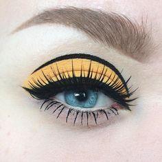 Trendy makeup looks for black women eyeshadows eyeliner Eye Makeup Glitter, Eye Makeup Tips, Makeup Inspo, Makeup Art, Makeup Inspiration, Beauty Makeup, Beauty Pie, Sally Beauty, Makeup Tools